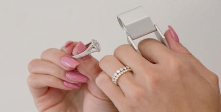 9 Things you should never do while wearing your Engagement Ring